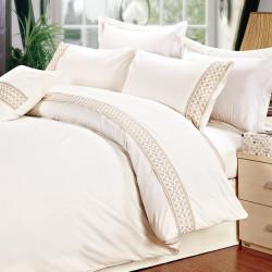 Спално бельо с бродерия