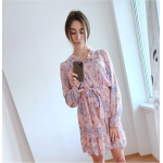 Бежова рокля с флорали