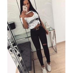 Черни дънкови панталони