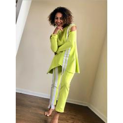 Зелен панталон и асиметрична блуза в комплект