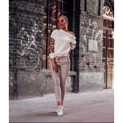 Дамски ежедневен комплект от блузка с панталон