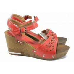 Дамски сандали Jump 6850 червен | Дамски сандали на платформа