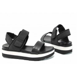 Дамски сандали на комфортно ходило S.Oliver 5-28202-20 черен | Немски сандали на платформа