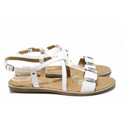 Дамски сандали от естествена кожа Marco Tozzi 2-28140-20 бял лак | Немски равни сандали