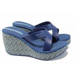 Дамски чехли на платформа Ipanema 82288 син | Бразилски чехли