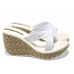 Дамски чехли на платформа Ipanema 82288 бял | Бразилски чехли