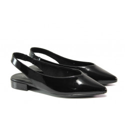 "Дамски обувки с ""мемори"" пяна S.Oliver 5-29400-22 черен лак | Равни немски обувки"