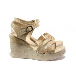 Модерни дамски сандали на платформа МИ 101-254-133 злато | Дамски сандали на ток