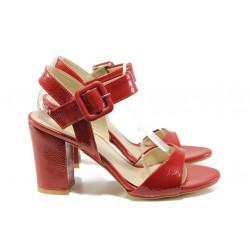 Елегантни лачени дамски сандали ФА 146-226 червен | Дамски сандали на ток