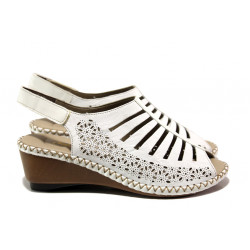 Дамски сандали от естествена кожа Rieker 66159-80 бял ANTISTRESS | Немски сандали на платформа