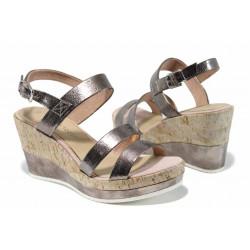 Дамски сандали на комфортно ходило Marco Tozzi 2-28357-20 розов | Немски сандали на платформа