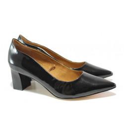 Дамски обувки от естествена кожа-лак Caprice 9-22404-23 черен лак   Немски обувки на среден ток