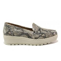 Дамски ортопедични мокасини от естествена кожа SOFTMODE 2316 Mira таупе змия | Дамски обувки на платформа