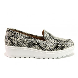 Дамски ортопедични мокасини от естествена кожа SOFTMODE 2316 Mira бял-сив змия | Дамски обувки на платформа