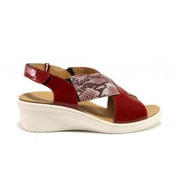Дамски ортопедични сандали от естествена кожа-лак SOFTMODE 1365805 Maisie червен | Дамски сандали на платформа
