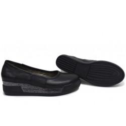 Анатомични български обувки от естествена кожа НЛМ 258-8218 черен   Обувки на платформа