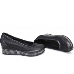 Анатомични български обувки от естествена кожа НЛМ 262-18206 черен кожа-сатен | Обувки на платформа