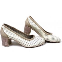 Анатомични български обувки от естествена кожа НЛМ 286-527 бежов | Дамски обувки на среден ток
