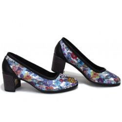 Анатомични български обувки от естествена кожа НЛМ 286-527 черен цветя | Дамски обувки на среден ток