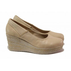 Анатомични дамски обувки, платформа, естествена кожа, произведени в България / Ани 302-96145 бежов / MES.BG