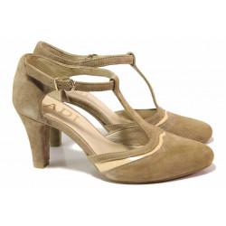Дамски велурени обувки, облечен ток, катарама / Ани 51600 таупе