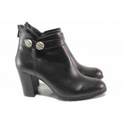 Стилни дамски боти на висок ток, цип на петата, естествена кожа, каишка с декоративен елемент / Ани 33705 черен