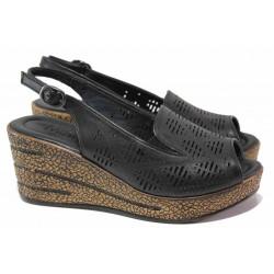 Дамски сандали на платформа, естествена кожа, перфорации, леки / ТЯ 01 черен