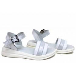 Анатомични бели сандали, естествена кожа, български, олекотени / НЛМ 348-2464