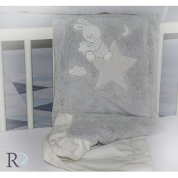 Бебешко одеяло Doddy  с апликация в сиво