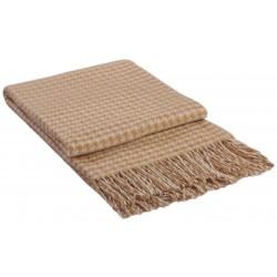 Вълнено одеяло в бежово