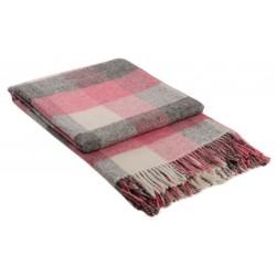 Вълнено одеяло на карета розово