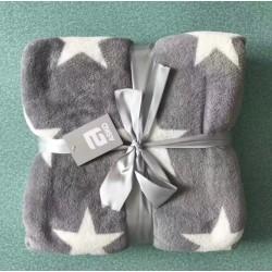 Пухкаво одеяло в Сиво звезди