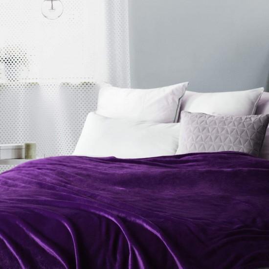 Поларено одеяло в тъмно лилаво