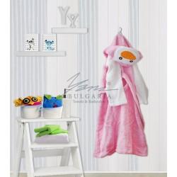 Детски халат от микропамук с Пингвин розово