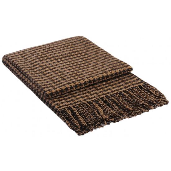 Вълнено одеяло в кафяво