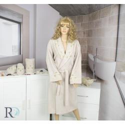 СЕТ Луксозен халат с бродерия , кърпа и чехли за баня Caya Cappuccino