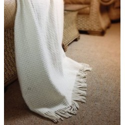 Одеяло от 100% вълна - БЕЛА от StyleZone
