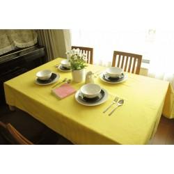 Едноцветна покривка за маса - СВЕТЛОЖЪЛТА от StyleZone