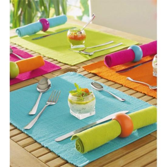 Декоративна подложка за хранене в различни цветове от StyleZone