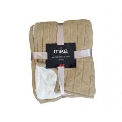 Меко декоративно одеяло - БЕЖОВО от StyleZone