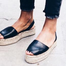 Дамски маркови обувки на платформа