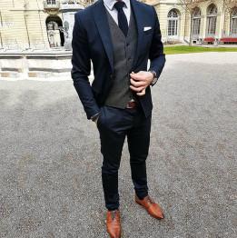 Мъжки маркови костюми